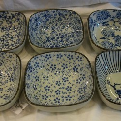 Porcelaine Japonaise - Coupelle carrée, L. 10,5 cm (lot de 12)