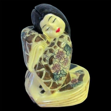 Sculpture Ivoirine - Netsuke : Geisha, H. 8 cm